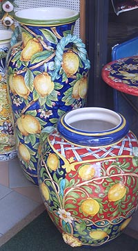 ceramics in amalfi